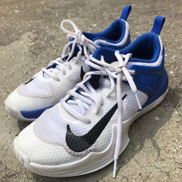 nike girls volleyball shoes